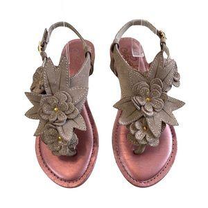 Naughty Monkey Sara Leather Flower Sandals